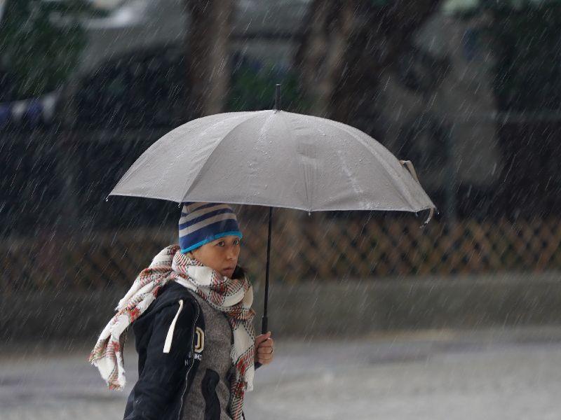 北北基雙特報齊發!冷氣團來襲低溫有雨 晚越冷降至9度