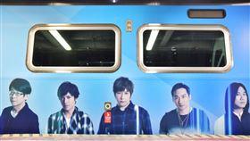 桃園,五月天巡迴演唱會,桃捷,專屬彩繪列車,上路(圖/桃園大眾捷運公司提供)中央社