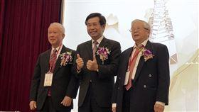 教育部,楊國賜,陳榮基,社會教育,終身奉獻獎(圖/中央社)