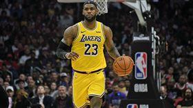 NBA/詹皇離譜走步!賽後認錯說… NBA,洛杉磯湖人,LeBron James,走步 翻攝自推特