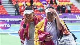 WTA台灣公開賽女雙莊佳容、張凱貞。 圖/記者林敬旻攝