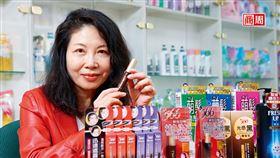 耐斯營運長邱玟諦透露,566這次在天貓熱賣的,其實是靠網路數據算出來的染髮筆。(攝影者.商周駱裕隆)