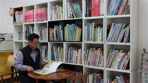 金門,風獅爺童書館,吹熄燈號,藏書,有緣人(圖/中央社)