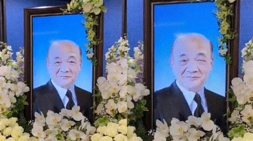 日本殯葬業推「會動的遺照」 網驚呼:哈利波特世界成真(圖/翻攝自kouki75241309推特)