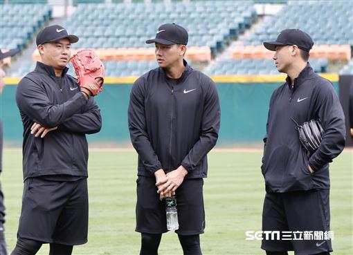 江少慶擔任訓練營教練。(資料圖/記者林聖凱攝影)