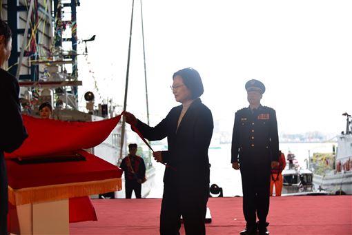總統,蔡英文,安平艦,巡防艇,典禮