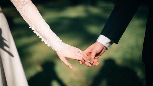 婚禮、結婚、新郎、新娘示意圖/pixabay