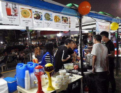蘇比克灣首次舉辦台灣美食節菲律賓蘇比克灣台商6日到8日首次舉辦台灣美食節,希望藉此推廣台灣美食並與當地員工同樂。中央社記者陳妍君蘇比克灣攝 108年12月6日
