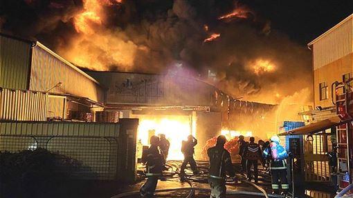 台南,永康,火警,工廠(圖/翻攝畫面)