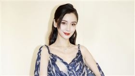 Angelababy P圖參加紅毯(圖/翻攝自楊穎工作室微博)