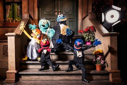 美國長壽兒童電視節目芝麻街2019年滿50歲,是首個獲美國文化界大獎「甘迺迪中心榮譽獎」肯定的電視節目。(圖取自twitter.com/sesamestreet)