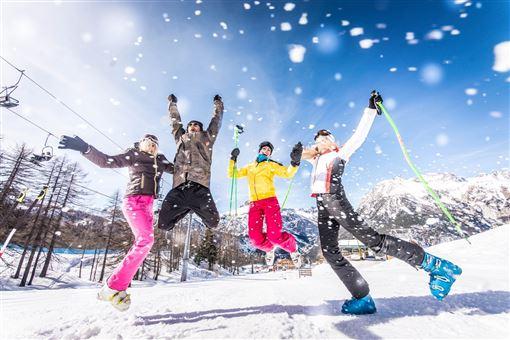 ▲冬天來日本盡情滑雪(圖/芬達旅遊)