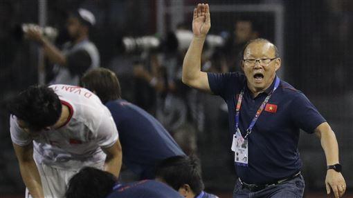 ▲南韓籍教練朴恒緒(Park Hang Seo),帶領越南男足隊奪下東南亞運動會創辦60年以來首次金牌。(圖/美聯社/達志影像)