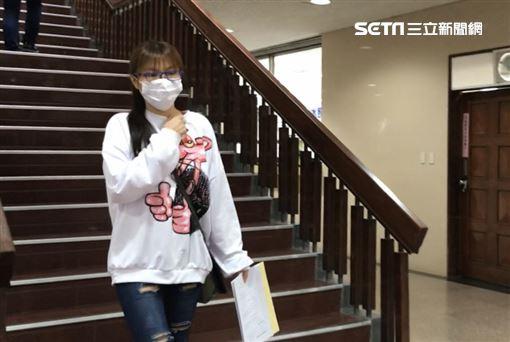 ▲「女版黃安」劉樂妍自嘲「又回來開庭了!」還說自己目前有3件官司要打「好麼紅」。(圖/記者楊佩琪攝)