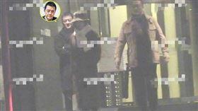 李亞鵬疑似和長髮美女在北京某餐廳聚餐。(圖/翻攝自新浪微博)