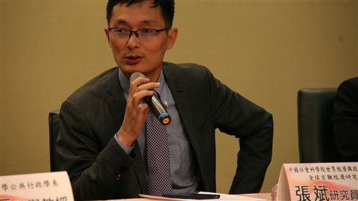 中國經濟結構轉型 陸學者:成熟公共服務是目標對於中國經濟結構轉型,中國社科院研究員張斌(圖)認為,如何提供成熟的公共服務政策,將是未來的長期施政目標。中央社記者繆宗翰攝 108年12月10日