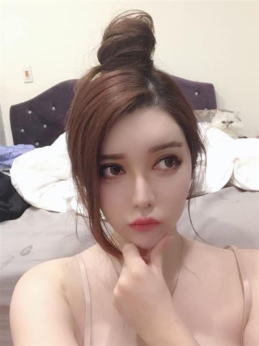 莉亞(Lia) 臉書