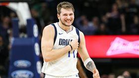 NBA/墨國開戰!金童大三元率隊勝 NBA,達拉斯獨行俠,Luka Doncic 翻攝自推特