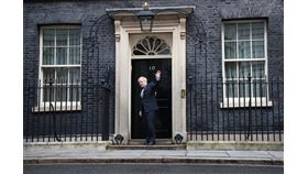 英國下議院選舉落幕,希望續留歐盟的蘇格蘭首席大臣施特金選後重提再度舉辦獨立公民投票的意願,但首相強生(圖)說,他不會同意。(圖取自twitter.com/10DowningStreet)
