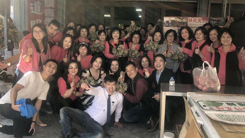 林英美阿嬤供餐14年不中斷 中華台北媽祖會募款南下傳愛