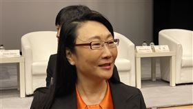王雪紅:期待2020年VR內容有突破宏達電(HTC)董事長王雪紅16日受邀出席「新虛擬x明日實境藝術科技研討會」,她受訪表示,期待2020年能看到虛擬實境(VR)與擴增實境(AR)內容有所突破。中央社記者吳家豪攝 108年12月16日