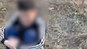 以牙還牙!13歲少年被同學霸凌 「揪2好友」圍毆大反擊(圖/翻攝自微博)
