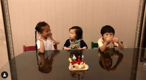 奧里,Lucy,Max,隋棠,Tony/臉書