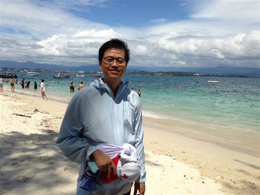 台南拉法自然診所院長趙鴻丞,最近56公斤的照片。趙鴻丞提供