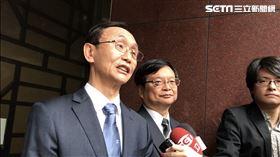 吳子嘉曾出面踢爆韓國瑜和「王小姐」的關係,他表示現在看來,韓國瑜在說謊。(圖/記者楊佩琪攝)