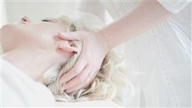 16:9 治療 按摩 頭痛 圖/翻攝自pixabay https://pixabay.com/images/id-650878/