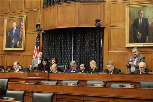 美國眾議院,通過,西藏支援法,捍衛,藏人自由(圖/中央社)