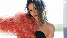 Elva蕭亞軒新歌「當你和心跳一起出現」新聞稿+照片(圖片請打:經紀公司提供)