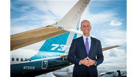 波音公司23日撤換限入困境的執行長米倫伯格(圖),將由董事長凱爾洪接替。(圖取自twitter.com/Boeing)