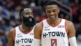 NBA/鬍龜合攻62分 火箭4連勝 NBA,休士頓火箭,James Harden,Russell Westbrook 翻攝自推特