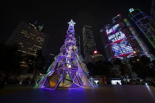 ▲加強版的幻彩詠香江燈光音樂匯演,為新一年揭開精彩序幕。(圖/香港旅遊發展局提供)