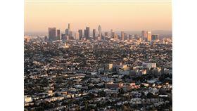 加州財政局發表人口數據指出,加州人口達3996萬人,不過成長趨緩,遷出人數多於遷入,高房價可能是主要原因。圖為洛杉磯市中心的高樓群。中央社記者林宏翰洛杉磯攝 108年12月24日