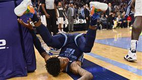 NBA/榜眼慘摔!三分線噴飛到籃下 NBA,曼菲斯灰熊,Ja Morant 圖/美聯社/達志影像