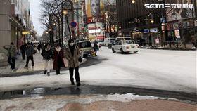 日本,下雪,北海道,街頭(圖/記者藍詩孟攝影)