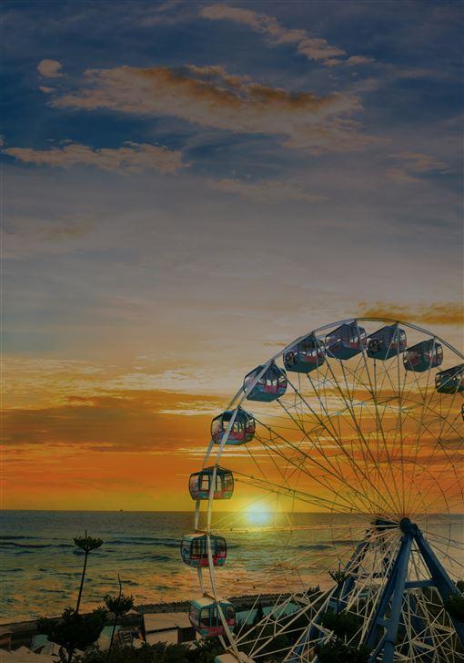 ▲遠雄海洋公園包裝推出「2020曙光童趣海洋夜未眠」(圖/遠雄海洋公園提供)