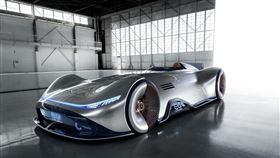 ▲Mercedes-Benz Vision EQ Silver Arrow電動概念車。(圖/Mercedes-Benz提供)