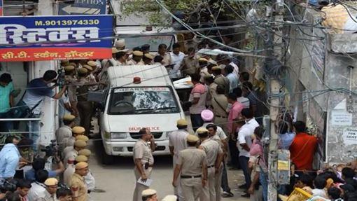 印度,兇宅,吊死,紙條,Mohan Kashyap(圖/翻攝youtube-LATEST NEWS 24h)