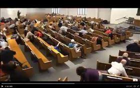 美國德州教堂,發生一起槍擊案,共2死1重傷。(圖/翻攝自推特)
