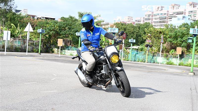 騎車安全第一關 煞車與安全距離