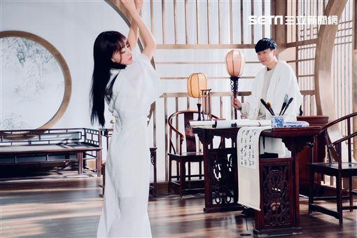 林俊傑吳謹言合作MV將故事寫成我們華納音樂提供