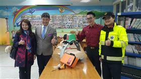 回饋金山鄉里 五工扶輪社捐消防救護器材、教學設備改善