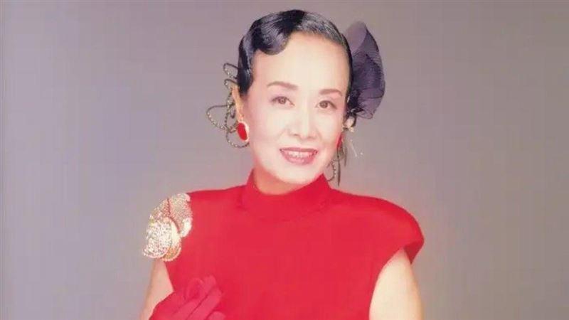 逝世30周年!日本歌姬《紅白》復活