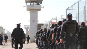 墨西哥,監獄,鬥毆(圖/翻攝自Sin Embargo MX Twitter)