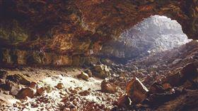 山洞,洞穴(示意圖/Pixabay)