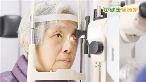 醫師視患者需求建議人工水晶體,並評估患者配戴老花眼鏡的接受度非常重要。