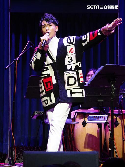 陳謙文 出道十年 辦個唱 讓同樣是雙魚座的小嫻 、楊小黎 分別獻聲 星火映畫提供